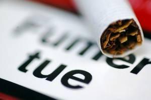 Slogan : fumer tue