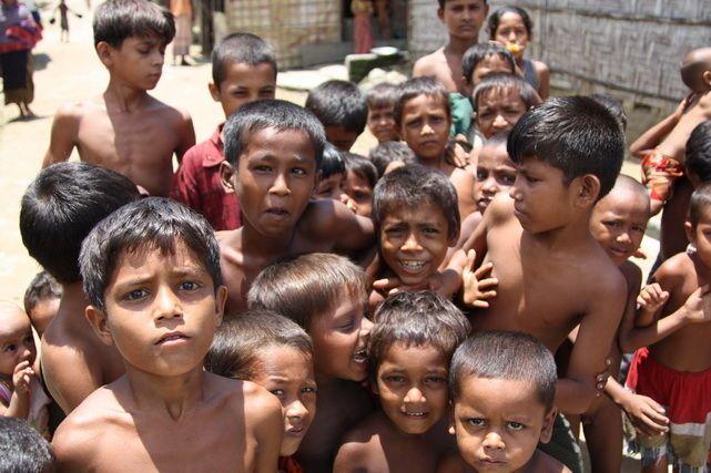 enfants ROhingyas