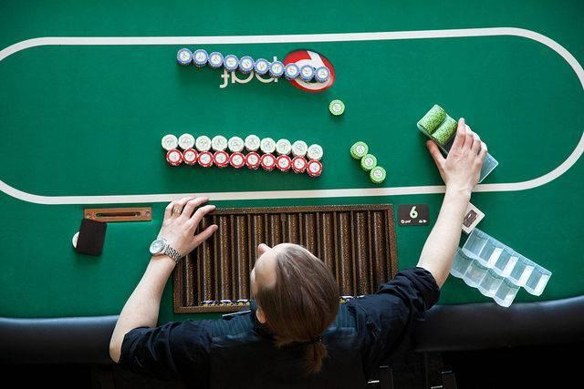 Jouer au poker sans argent haram ferrero rocher prix geant casino