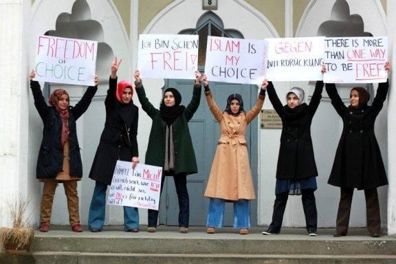 femen-hijab