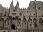 Deux mois avec sursis pour le tagueur islamophobe d'Avignon