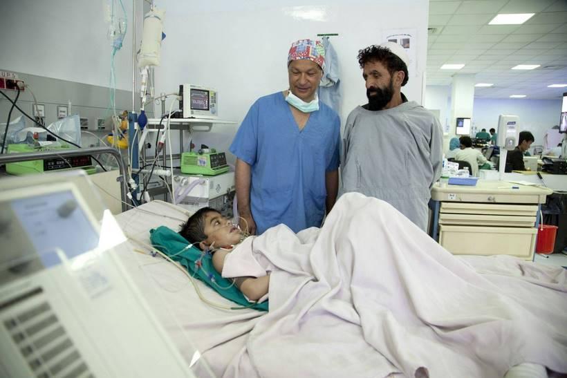 Consultation ˆ l'Intitut MŽdical Franais pour Enfants de Kaboul. IMFC.