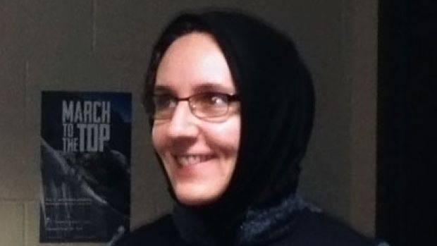 nora-jaffary-hijab