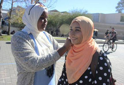 17-2-15_Iowa-Students-Spread-Islam-Awareness