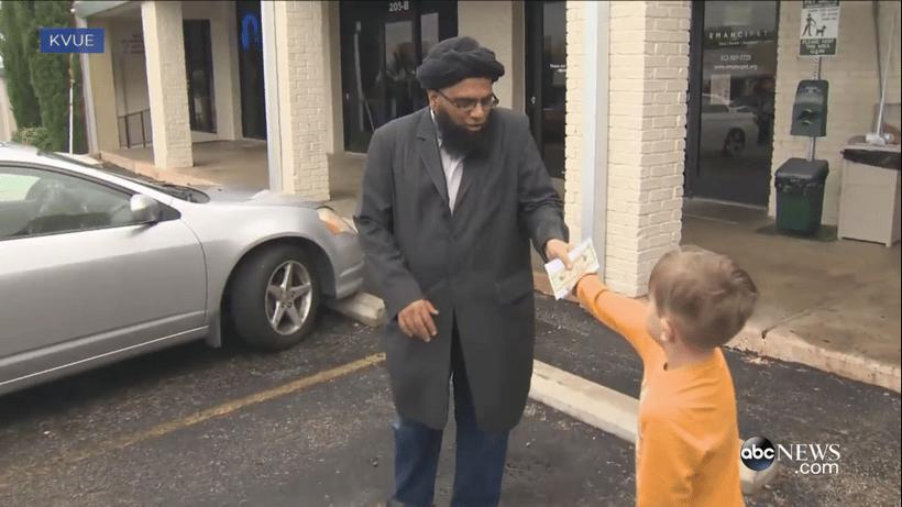 Texas : Jack, 7 ans, offre ses économies à une mosquée
