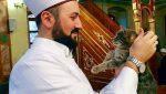 VIDEO Coup de cœur : cet imam turc qui accueille les chats errants
