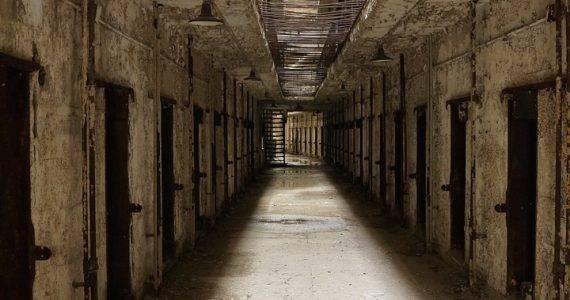 jail-451447_1280