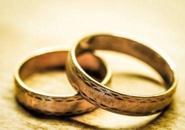 wedding-rings-949106_640