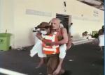 Vidéo… la bravoure et la générosité d'un agent de sécurité dans toute sa splendeur